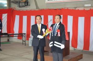 3佐賀県消防協会副会長と伊万里・有田消防組合管理者
