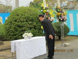 特別来賓献花(佐賀県議会 木原議長)